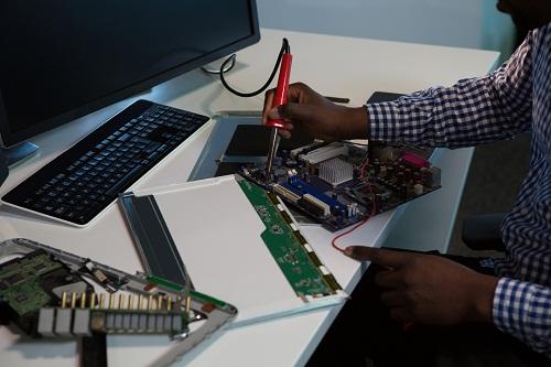 Service de réparation d'ordinateur pour entreprise et particulier